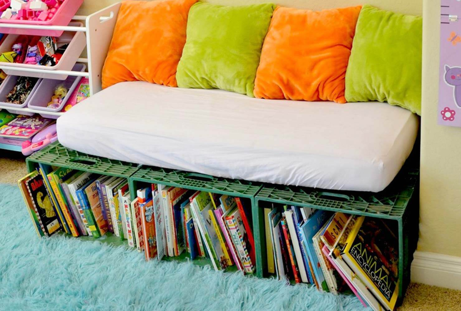 couch book shelves
